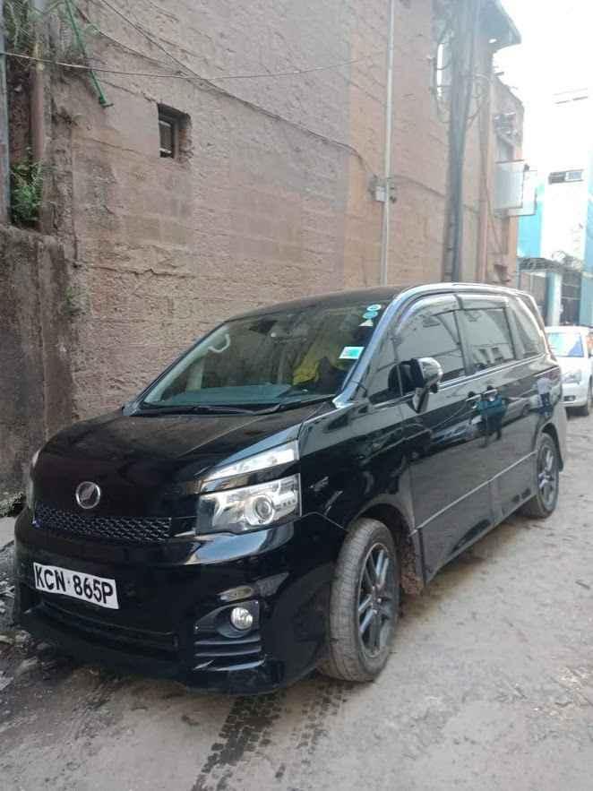 How to enjoy hassle free car rental (voxy hire Nairobi Kenya)