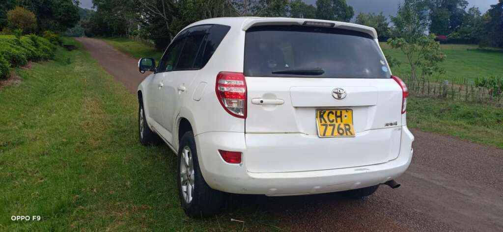 Toyota Rav4 for hire Nairobi