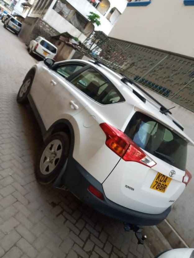 hire rav4 Nairobi Kenya