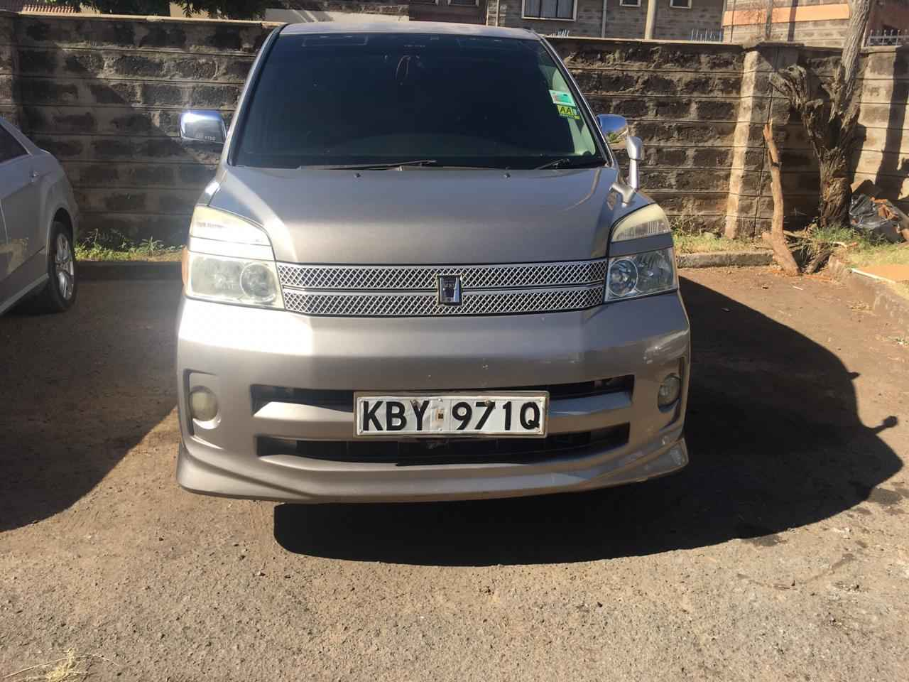 Advantages of hiring a vehicle (Toyota voxy hire Kenya)