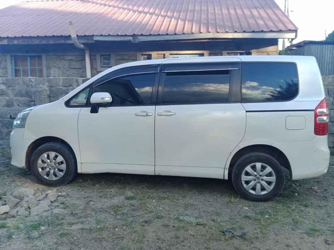 The process of Toyota Noah hire Kenya