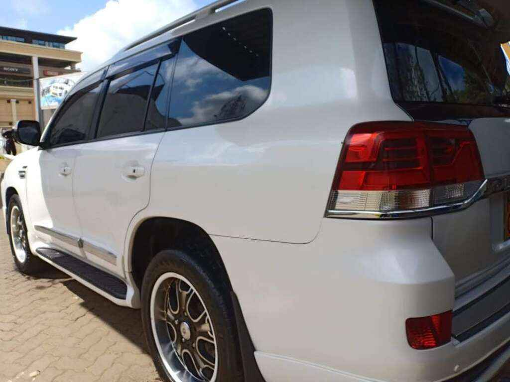 Luxury Car for hire Nairobi