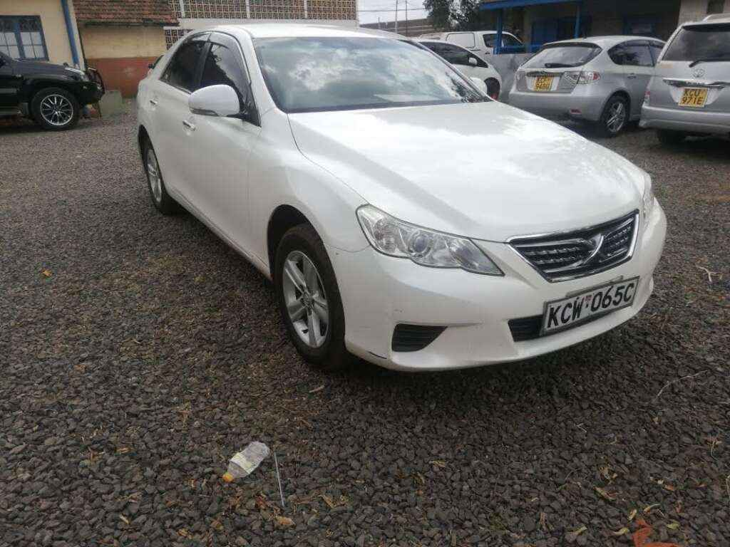 Toyota Mark X for rent